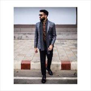 Tejeshwar Sandhoo- men fashion instagram influencer
