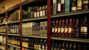 Closure of 125 departmental stores selling beer, wine: Delhi government 2