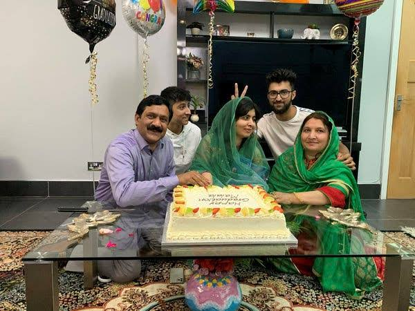 Malala Yousafzai's Oxford graduation cake